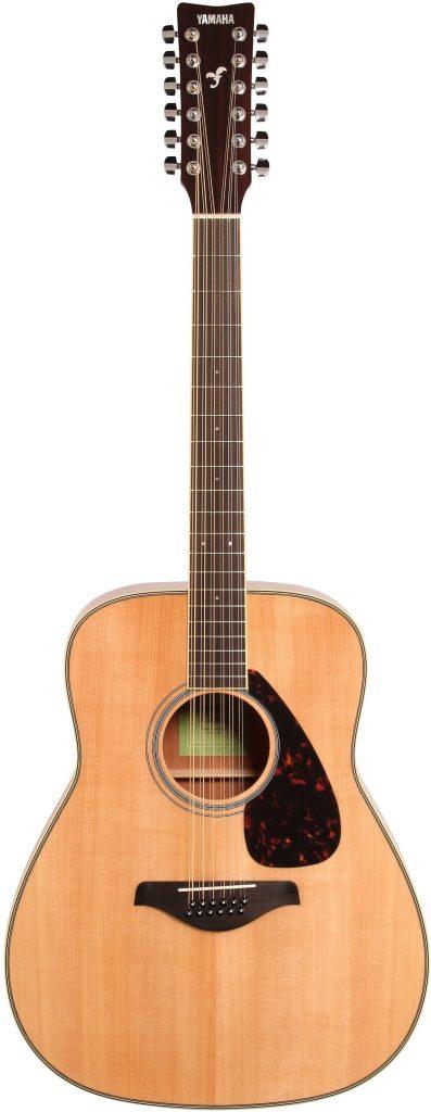 Folk Guitar - Yamaha FG82012